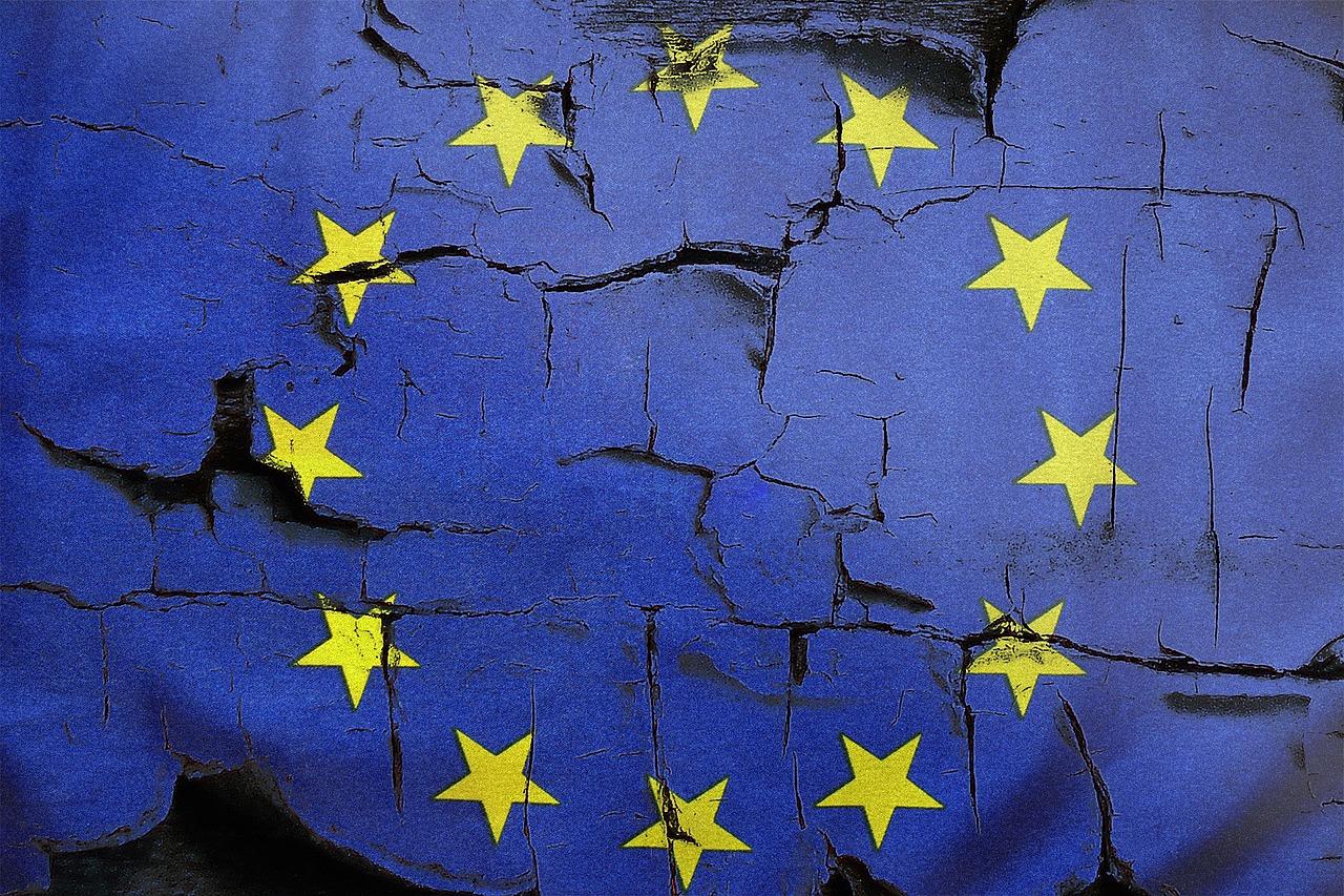 drapeau européen fissuré