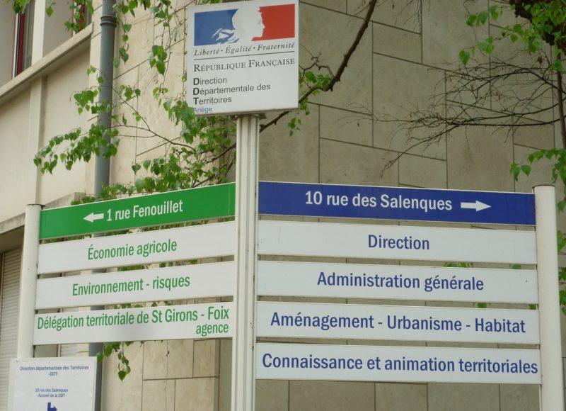 Panneau indicateur d'un service public, administration française